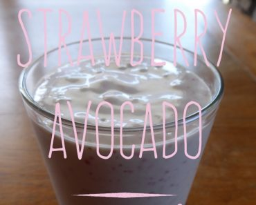 strawberry-avocado-smoothie
